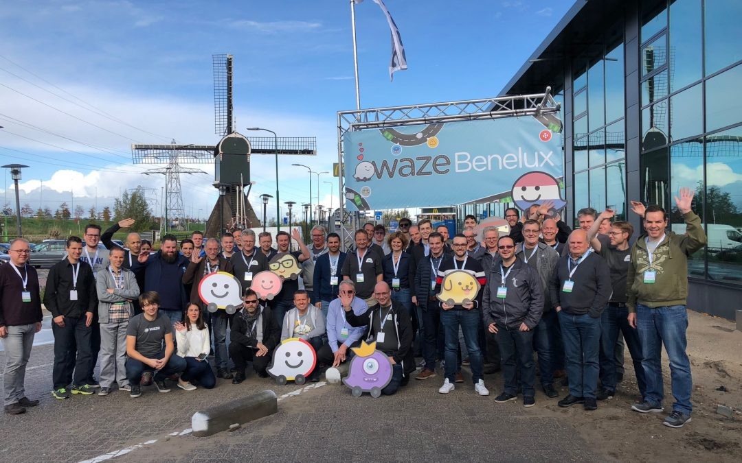 Group picture of all volunteers and Waze staff present during the Waze Benelux Meetup of 2018